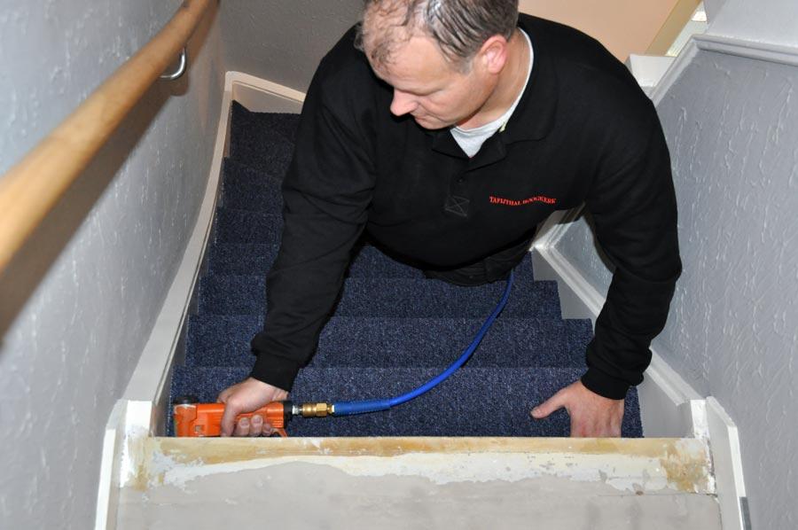 Bekleden van een trap met vloerbedekking